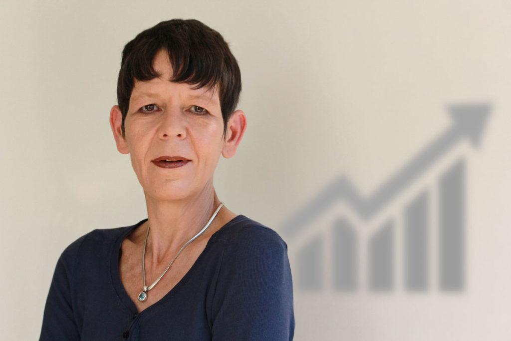 IT Sales und Vertriebs Experte. Claudia Blume ist die Berliner Expertin in Fragen Analyse, Akquise, Kundenbetreuung für Digitalisierung und IT. Blume.Verkauft. seit mehr als 25 Jahren.